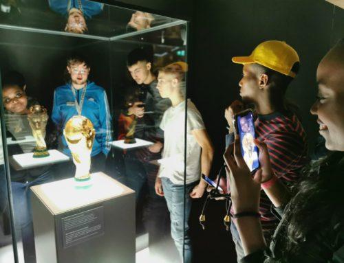 Deutsches Fußballmuseum und Stiftung Kinderglück laden 400 Kinder ins Museum ein